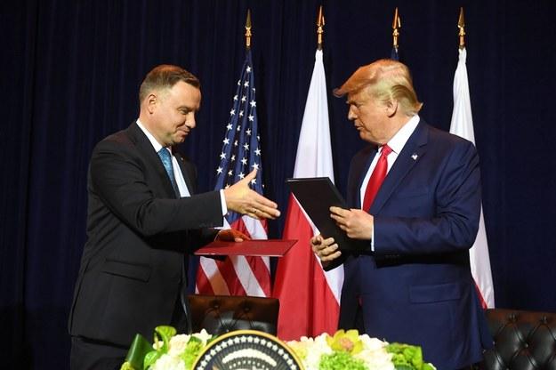 Prezydenci Stanów Zjednoczonych Donald Trump oraz RP Andrzej Duda podczas spotkania w Nowym Jorku / Radek Pietruszka   /PAP