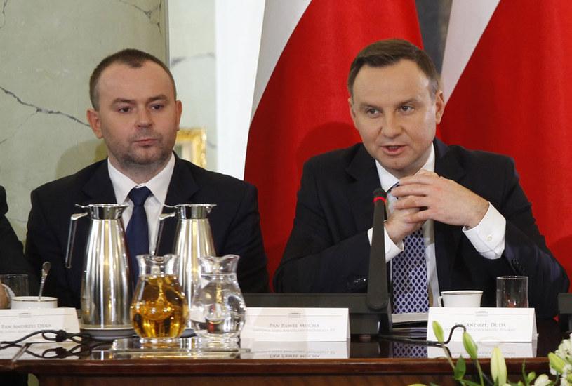 Prezydencki minister Paweł Mucha i prezydent Andrzej Duda /Stefan Maszewski /Reporter