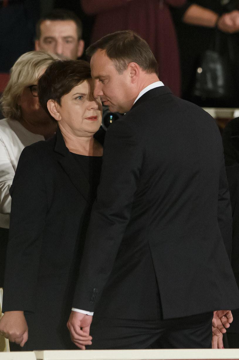 Prezydent Andrzej Duda i premier Beata Szydło /Krystian Maj /Agencja FORUM