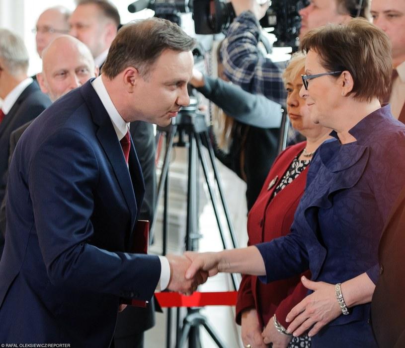 Prezydent Andrzej Duda i premier Ewa Kopacz /Rafal Oleksiewicz/REPORTER /East News