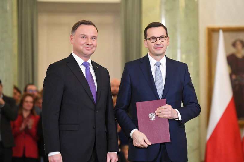 Prezydent Andrzej Duda i premier Mateusz Morawiecki / Radek Pietruszka   /PAP