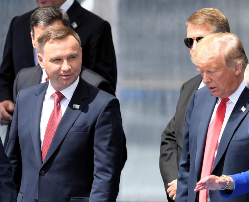 Prezydent Andrzej Duda i prezydent Donald Trump podczas szczytu NATO w Brukseli /Radek Pietruszka /PAP