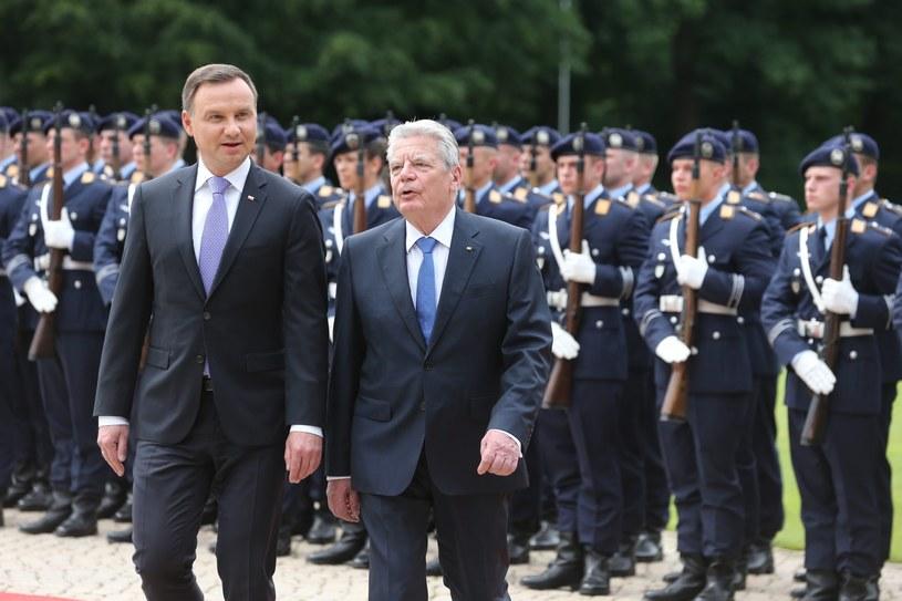 Prezydent Andrzej Duda i prezydent Joachim Gauck /WOLFGANG KUMM /PAP/EPA