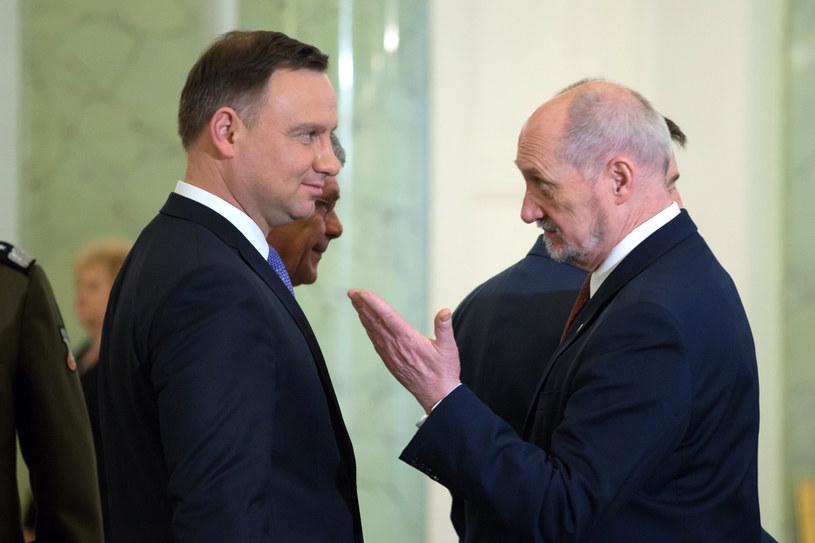 Prezydent Andrzej Duda i szef MON Antoni Macierewicz /Fot. Mateusz Wlodarczyk /Agencja FORUM