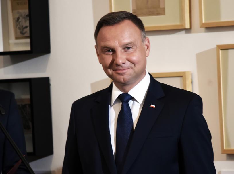 Prezydent Andrzej Duda odznaczył Grzegorz Grzyba Złotym Krzyżem Zasługi /Marek Lasyk  /Reporter
