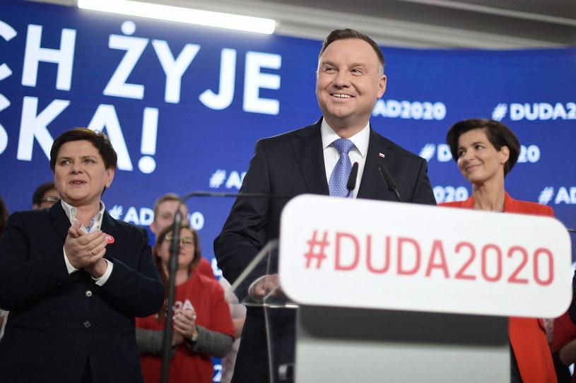 Prezydent Andrzej Duda oraz Beata Szydło podczas prezentacji składu sztabu wyborczego / Marcin Obara  /PAP