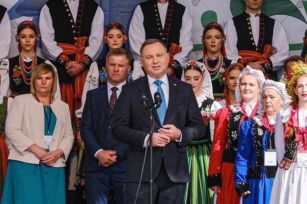 Prezydent Andrzej Duda podczas Ceremoniału Dożynkowego na dziedzińcu Pałacu Prezydenckiego /Mateusz Marek /PAP