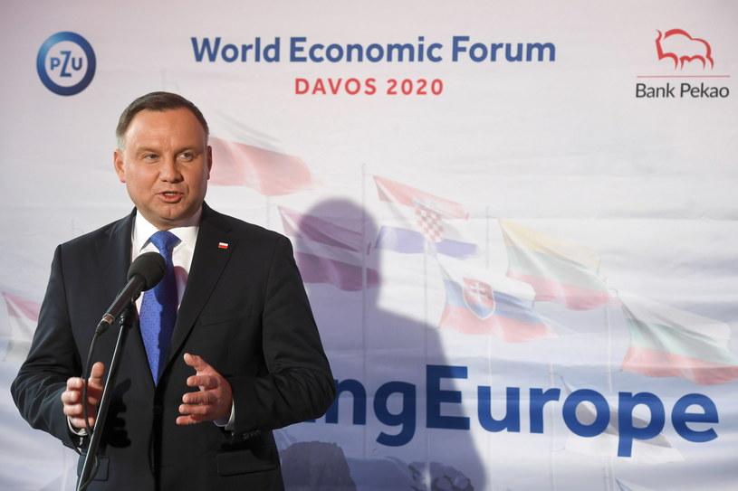 Prezydent Andrzej Duda podczas konferencji prasowej / Radek Pietruszka   /PAP