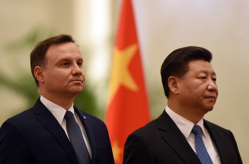 Prezydent Andrzej Duda podczas listopadowej wizyty w Chinach. Obok prezydent Xi Jinping /AFP