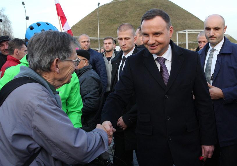 Prezydent Andrzej Duda podczas powitania w Piekarach Śląskich /Andrzej Grygiel /PAP