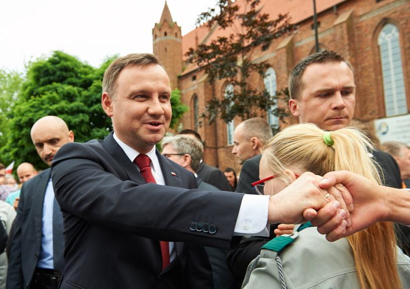Prezydent Andrzej Duda, podczas spotkania z mieszkańcami Kwidzyna /Adam Warżawa /PAP