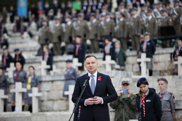 Prezydent Andrzej Duda podczas uroczystości upamiętniających 75. rocznicę zakończenia bitwy na polskim Cmentarzu Wojennym na Monte Cassino /Leszek Szymański /PAP