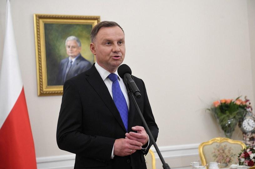 Prezydent Andrzej Duda podczas wypowiedzi dla mediów w Pałacu Prezydenckim w Warszawie / Radek Pietruszka   /PAP
