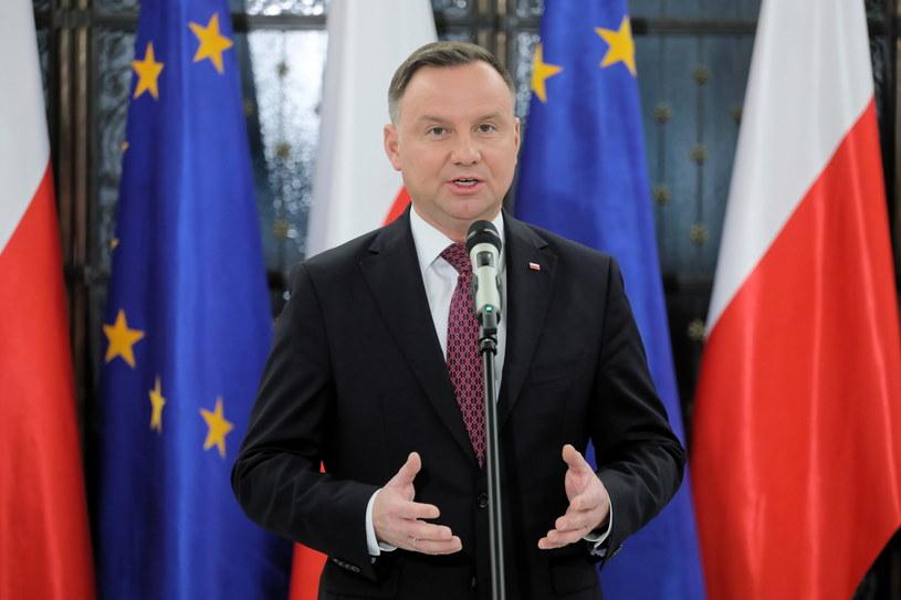 Prezydent Andrzej Duda podczas wypowiedzi dla mediów w Sejmie /Paweł Supernak /PAP