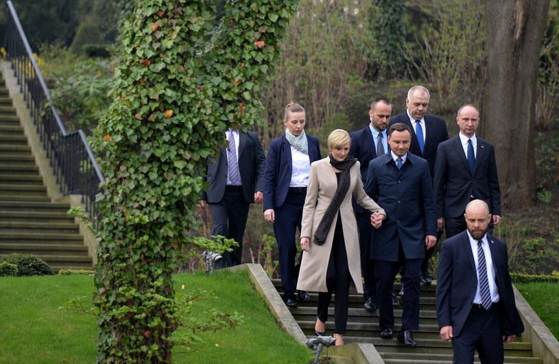 Prezydent Andrzej Duda  z małżonką Agatą Kornhauser-Dudą /Jacek Turczyk /PAP