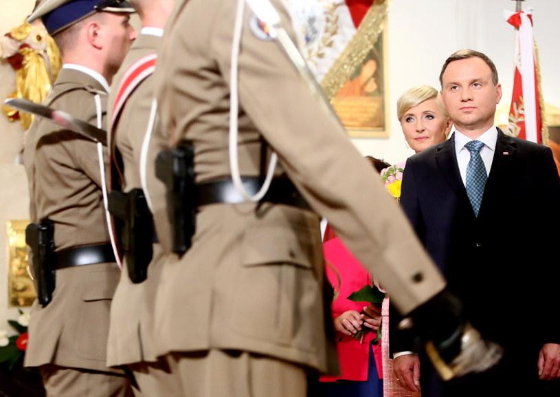 Prezydent Andrzej Duda z żoną Agatą Kornhauser-Dudą /Leszek Szymański /PAP