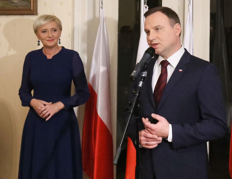 Prezydent Andrzej Duda z żoną Agatą Kornhauser-Dudą /Paweł Supernak /PAP