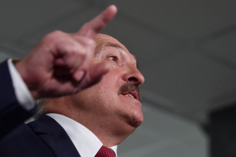 Prezydent Białorusi Alaksandr Łukaszenka ostrzegł, że nie dopuści do majdanu w stolicy Białorusi /SERGEI GAPON /AFP