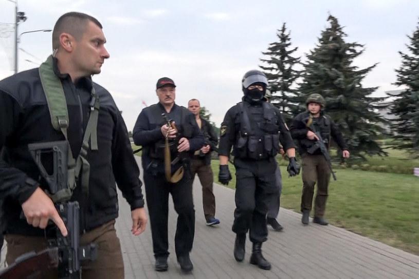 Prezydent Białorusi skupia się od końca zeszłego tygodnia na mobilizacji armii /State TV and Radio Company of Belarus/Associated Press/ /East News