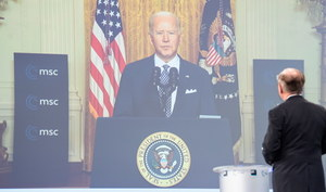 Prezydent Biden: Ameryka chce znów współpracować z Europą