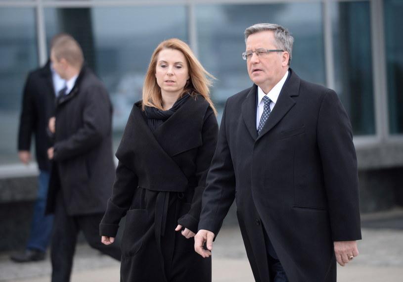 Prezydent Bronisław Komorowski i dyrektor Biura Prasowego KPRP Joanna Trzaska-Wieczorek /Jacek Turczyk /PAP