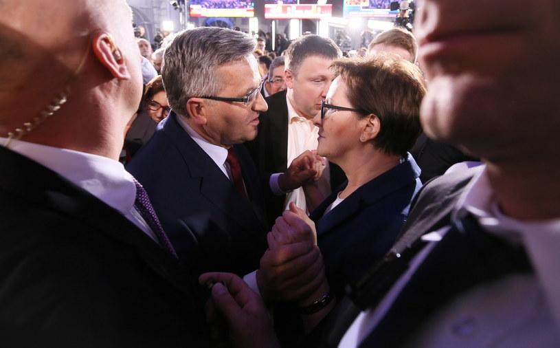 Prezydent Bronisław Komorowski i premier Ewa Kopacz /Paweł Supernak /PAP