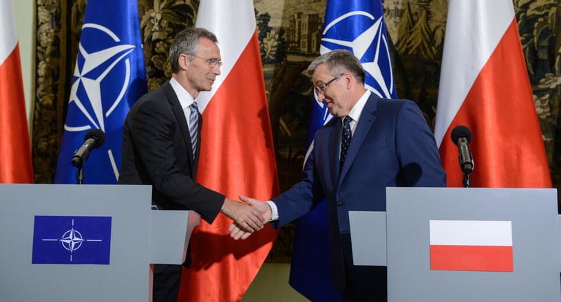 Prezydent Bronisław Komorowski  i sekretarz generalny NATO Jens Stoltenberg /Jakub Kamiński   /PAP