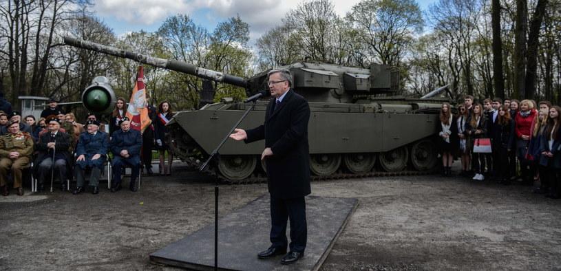 Prezydent Bronisław Komorowski podczas spotkania z kombatantami /Jakub Kamiński   /PAP