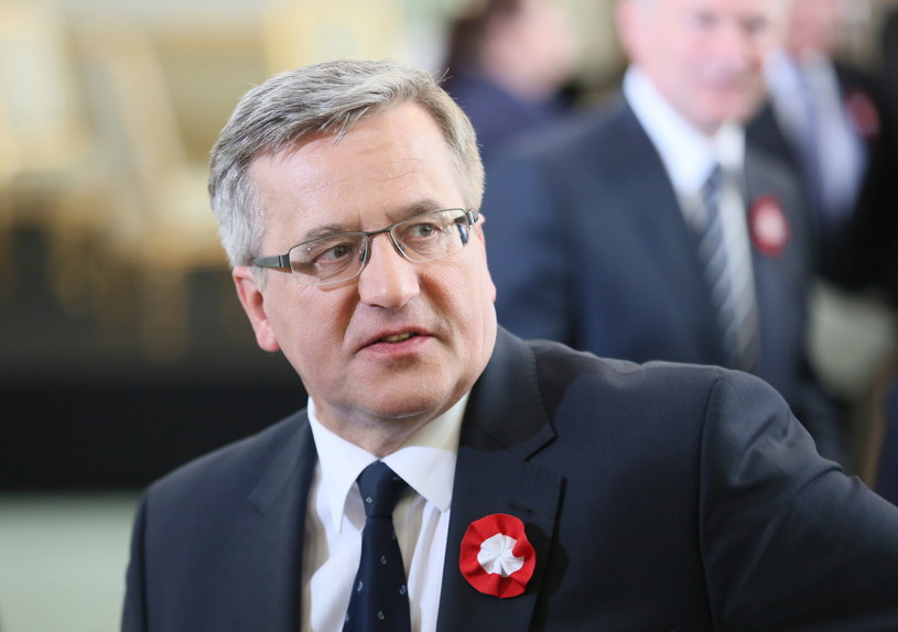 Prezydent Bronisław Komorowski podczas uroczystości w Pałacu Prezydenckim. /Leszek Szymański /PAP