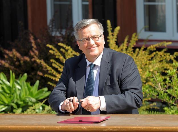 Prezydent Bronisław Komorowski podpisał dzisiaj w Zastawnie nowelę ustawy o PIT /PAP