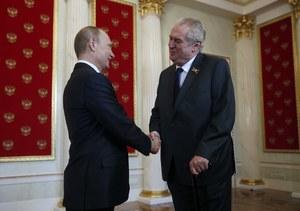 """Prezydent Czech przeprosił Dudę. """"Nie chce uczestniczyć w tej dyskusji"""""""
