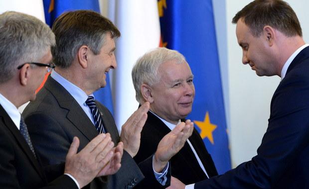 Prezydent do Kaczyńskiego: Trzeba być wielkim człowiekiem, by oddać pałeczkę władzy współpracownikom