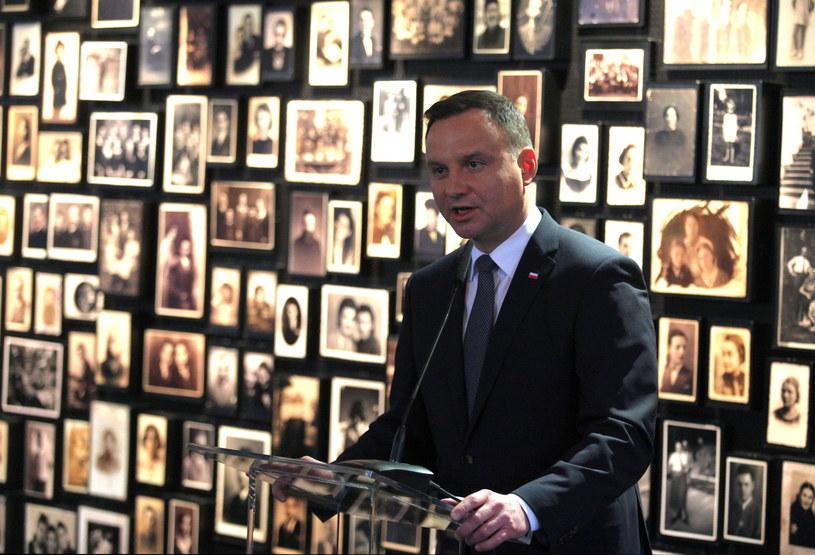 Prezydent Duda podczas uroczystości w Auschwitz /Andrzej Grygiel /PAP