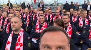 """Prezydent Duda w """"marynarskiej"""" Strefie Kibica"""