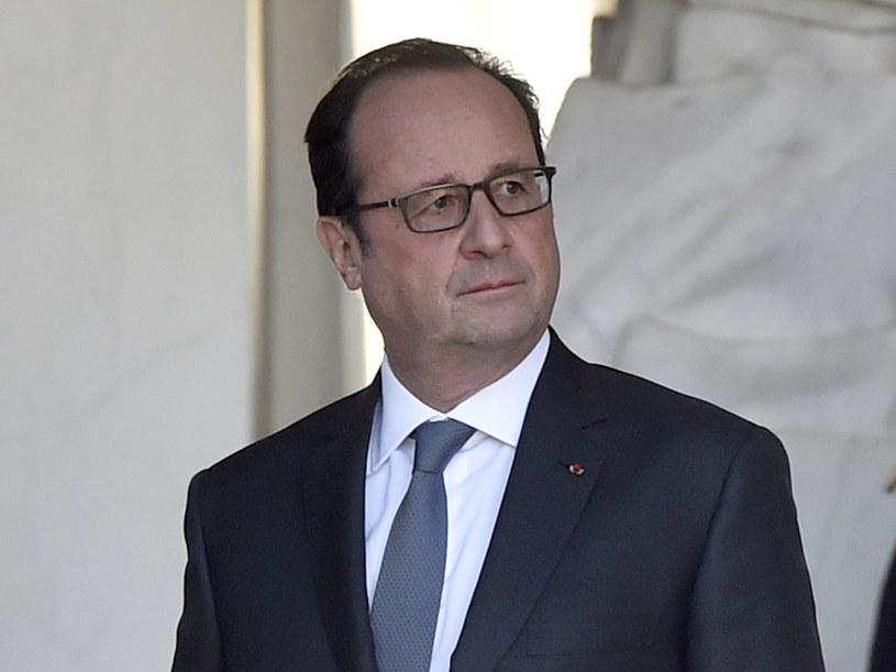 Prezydent Francji Francois Hollande bije się w pierś /AFP