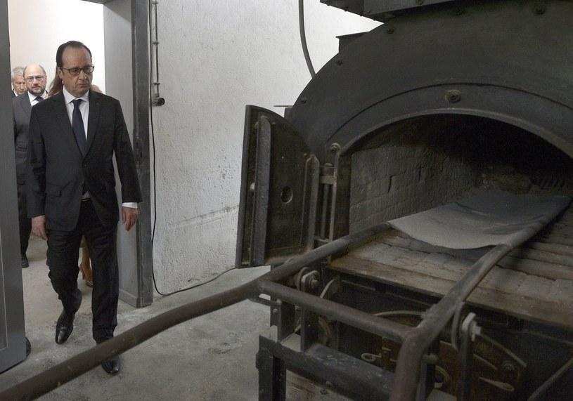 Prezydent Francji Francois Hollande w krematorium obozu koncentracyjnego Natzweiler-Struthof /PAP/EPA