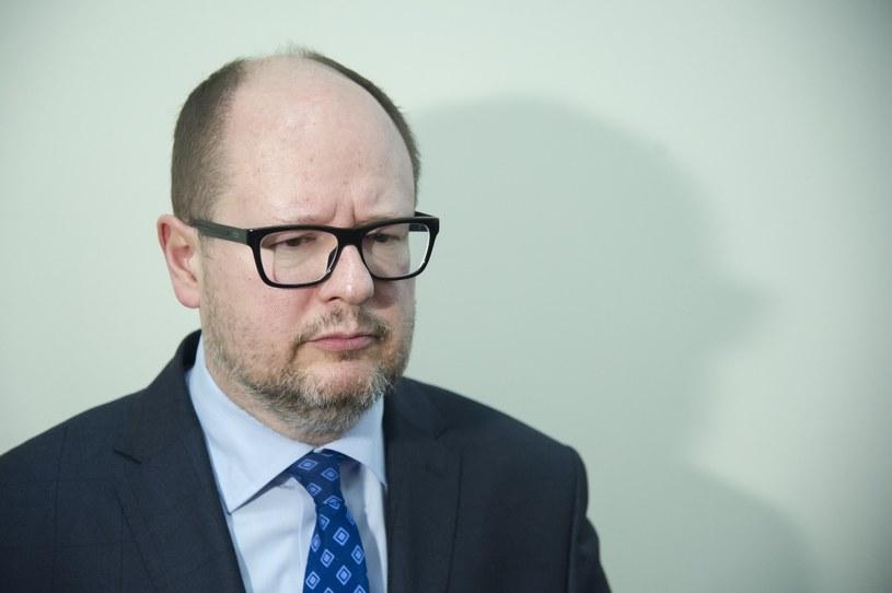 Prezydent Gdańska Paweł Adamowicz: wystąpię z wnioskiem o delegalizacje ONR /Wojciech Stróżyk /Reporter
