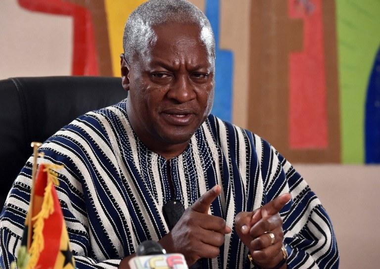 Prezydent Ghany John Dramani Mahama /ISSOUF SANOGO /AFP