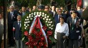 """Prezydent i premier w godzinę """"W"""" złożyli kwiaty pod pomnikiem """"Gloria Victis"""""""