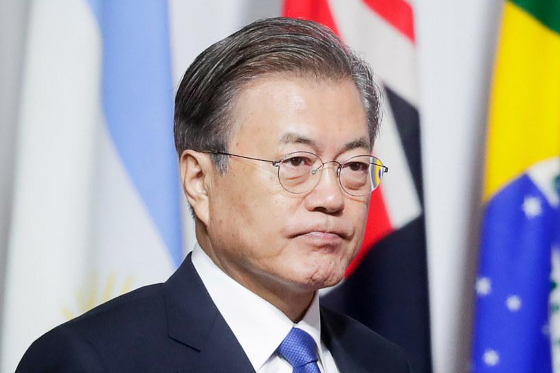 Prezydent Korei Południowej zapowiedział pracę na obostrzeniem dotyczącym przetwarzania mięsa psów /MIKHAIL METZEL  /Getty Images