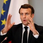Prezydent Macron po przejściu infekcji koronawirusem powrócił do formy i… przytył