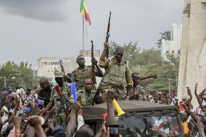 Prezydent Mali Ibrahim Boubacar Keita i premier Boubou Cisse zostali pojmani przez zbuntowanych żołnierzy /MOUSSA KALAPO /PAP/EPA