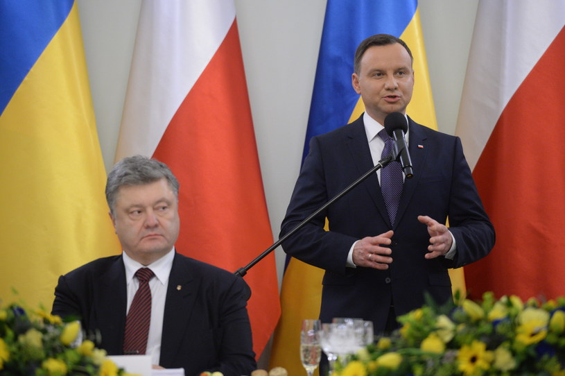 Prezydent Petro Poroszenko i Prezydent Andrzej Duda /Jacek Turczyk /PAP