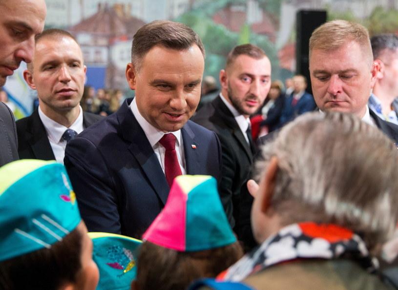Prezydent podczas spotkania z mieszkańcami Krapkowic /Andrzej Grygiel /PAP