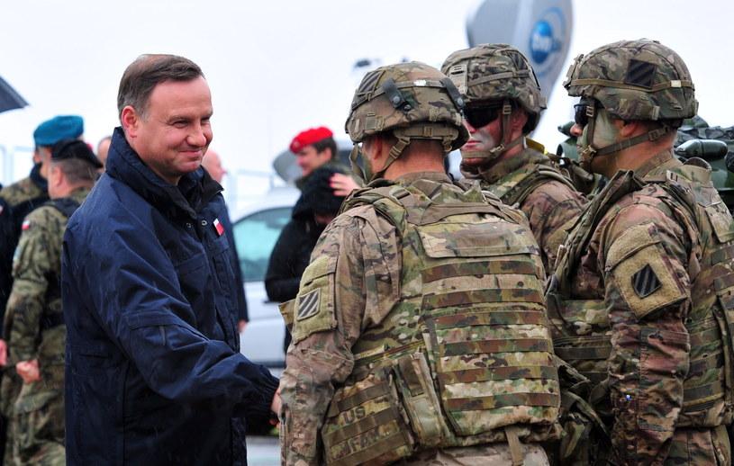 Prezydent podczas spotkania z żołnierzami uczestniczącymi w ćwiczeniach Anakonda-16 /Marcin Bielecki /PAP