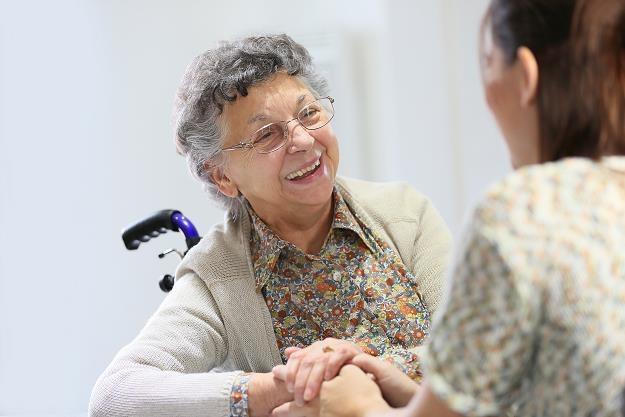Prezydent podpisał nowelizację podnoszącą najniższą emeryturę w 2019 r. /©123RF/PICSEL