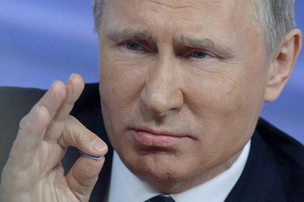 Prezydent Putin może być zadowolony? Rosja stara się zrównoważyć państwowe finanse /AFP