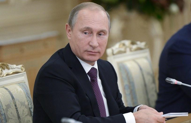 Prezydent Rosji zaapelował do szefów państw WNP o pilne śledzenie sytuacji na granicach zewnętrznych WNP /PAP/EPA