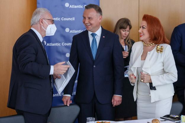 Prezydent RP Andrzej Duda, była ambasador USA w Polsce Georgette Mosbacher  i prezydent Łotwy Egils Levits /fot. Jakub Szymczuk/KPRP /PAP