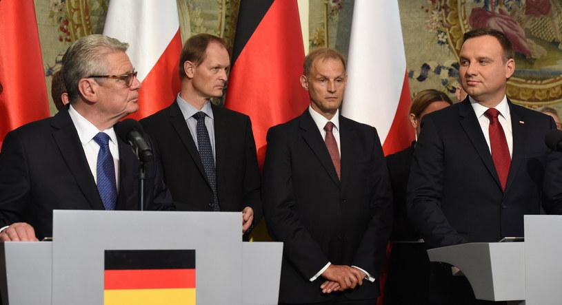Prezydent RP Andrzej Duda i prezydent RFN Joachim Gauck podczas inauguracji polsko-niemieckiej grupy refleksyjnej /Radek Pietruszka /PAP